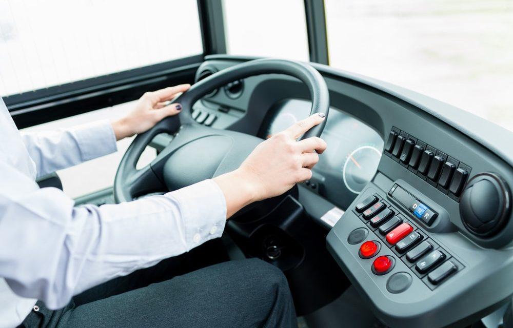 Empresa de ônibus é condenada por não oferecer banheiros a motorista