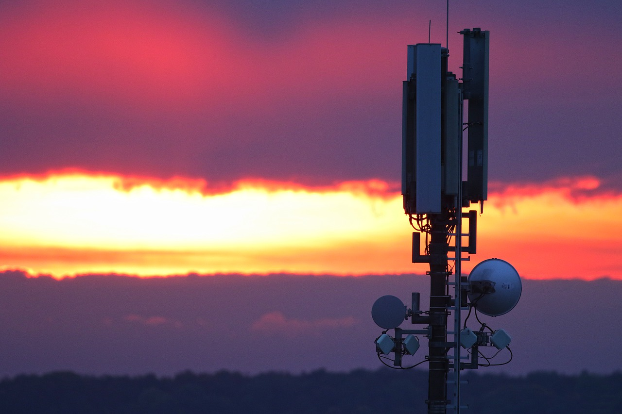 Município não pode criar proibição a torres de transmissão