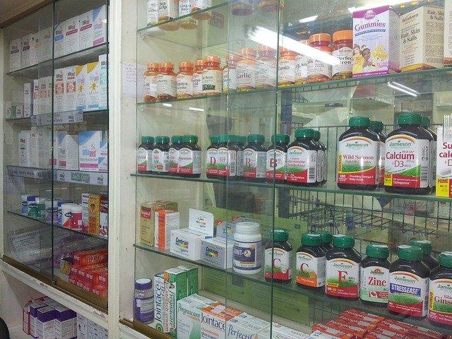 Lei do RJ que dava desconto a idosos em medicamentos é inconstitucional