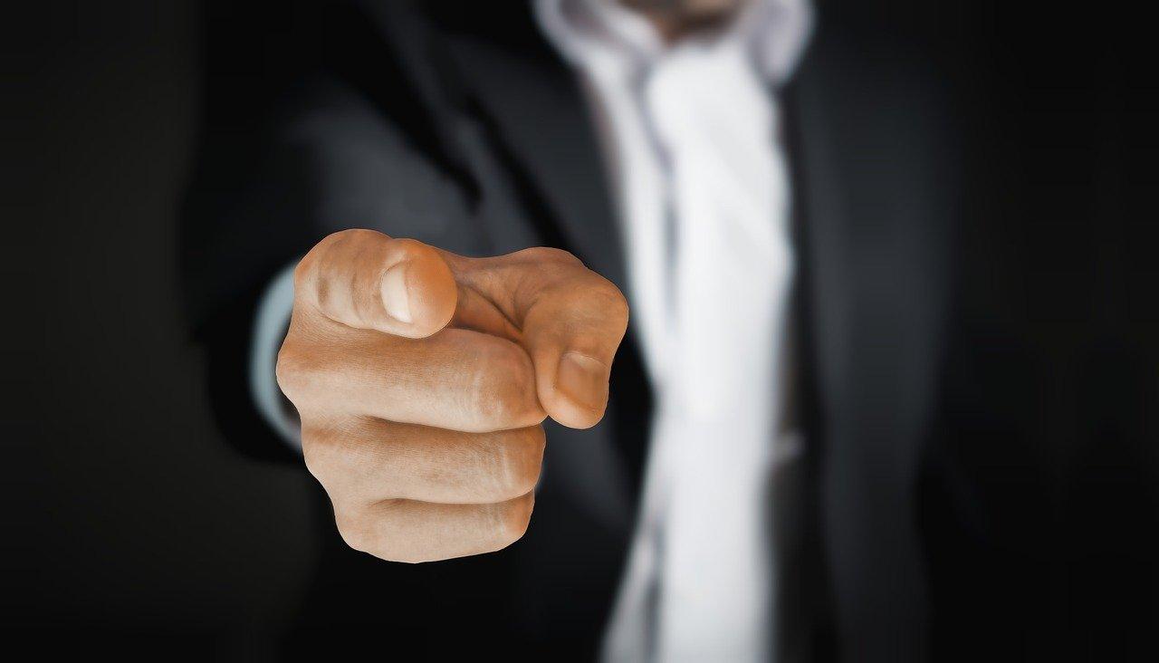 Reduzida indenização a empregado da Caixa investigado em processo disciplinar