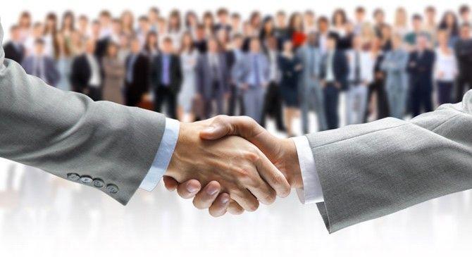 Acordo coletivo da Copasa-MG não se aplica a empregados de sua subsidiária