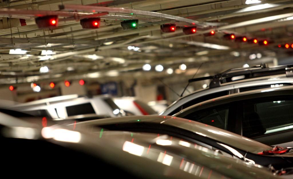 Preço fixo em estacionamento de shopping não viola direito do consumidor, decide Terceira Turma