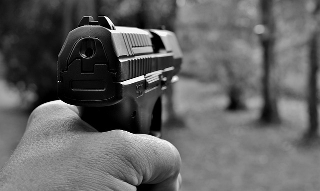 Sexta Turma afasta natureza hedionda do porte de arma de uso permitido com numeração raspada