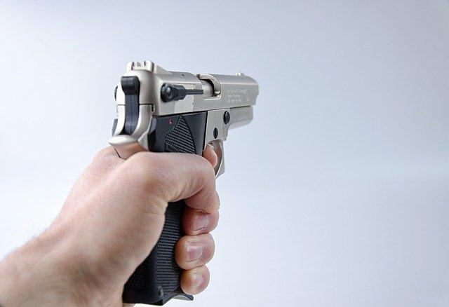 Recepcionista de motel vítima de assalto deve receber indenização