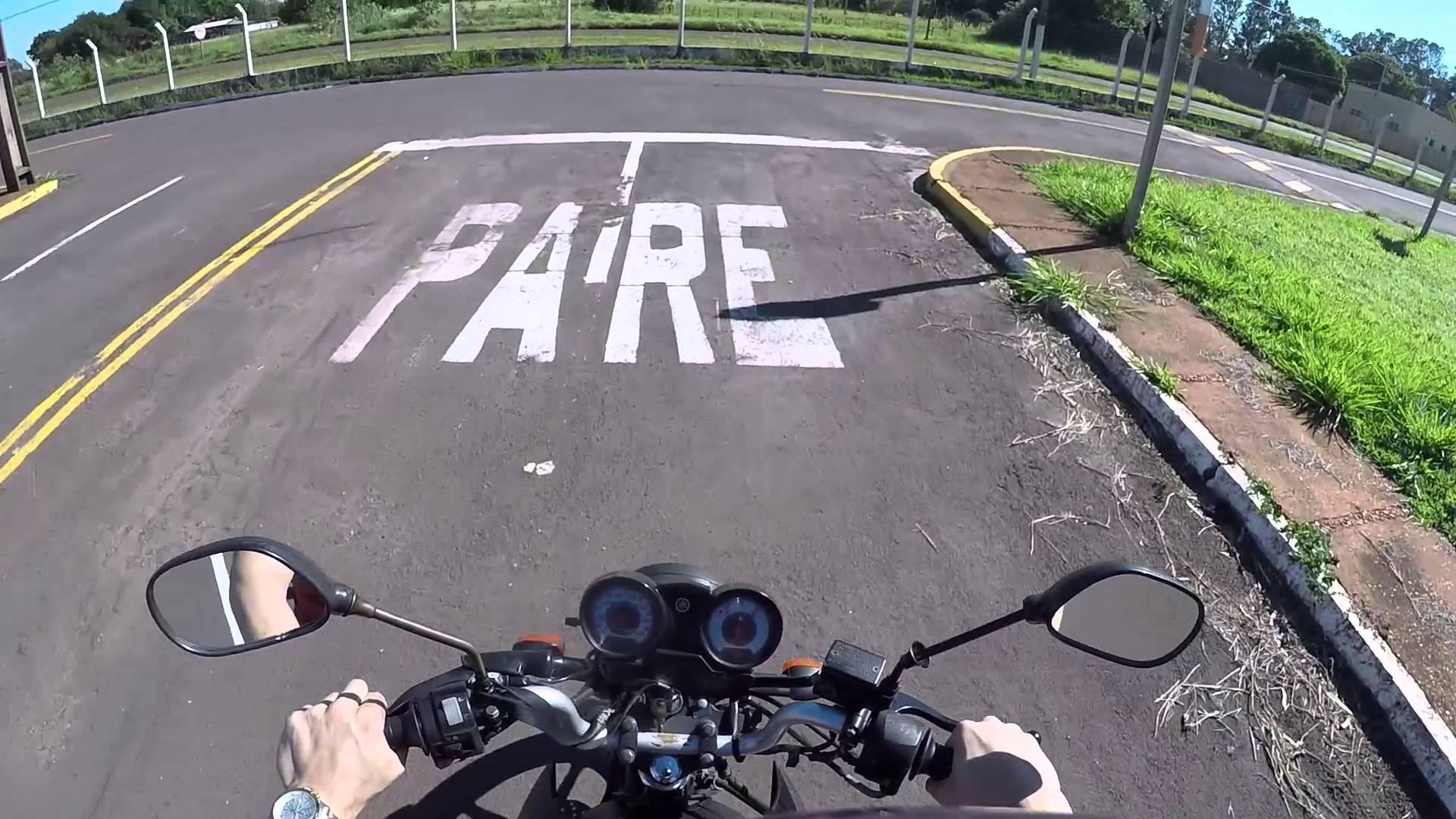 Instrutores de motocicleta em autoescola receberão adicional de periculosidade
