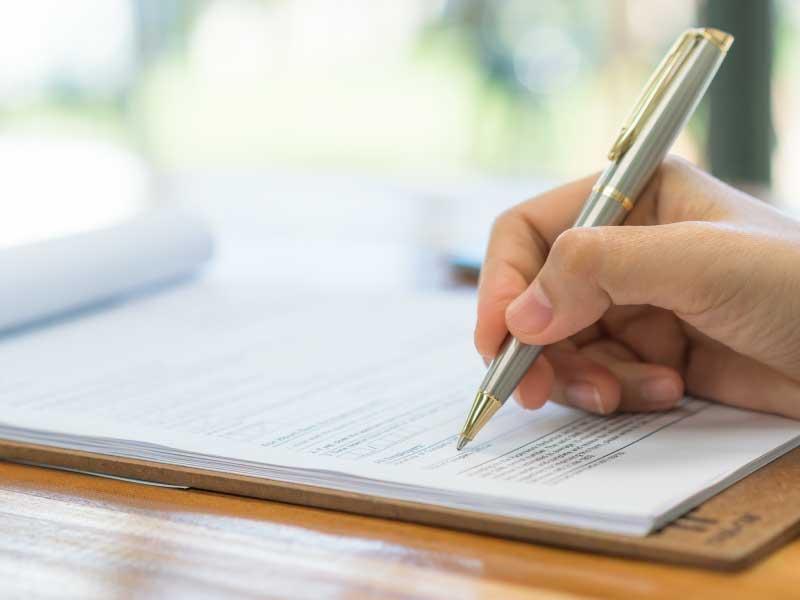 Existência de Inquérito ou Ação Penal Não Implica Eliminação em Concurso