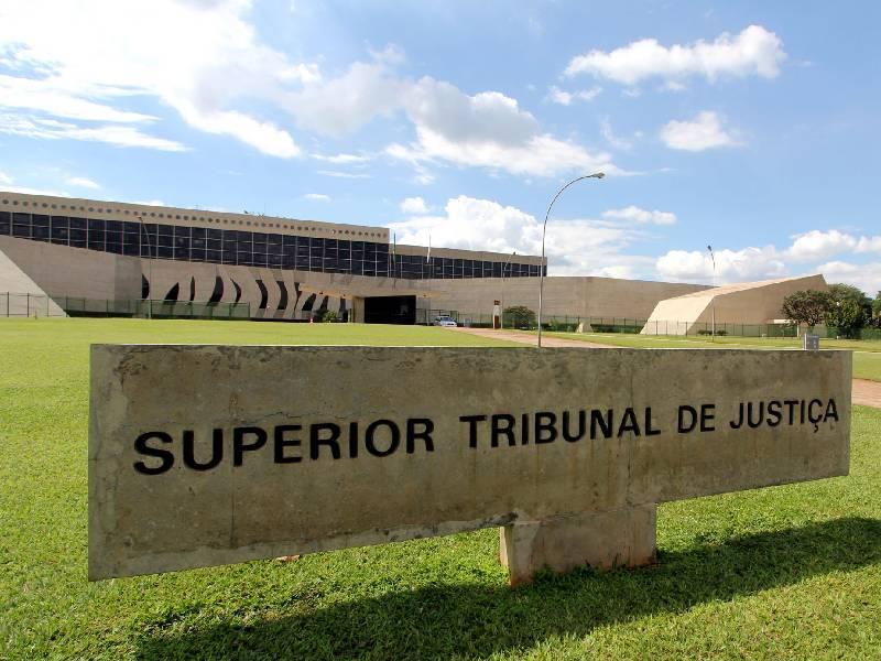 STJ assenta ofensa à unirrecorribilidade e preclusão