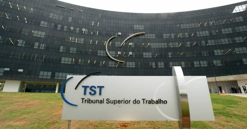 TST mantém execução suspensa pelo parcelamento do débito