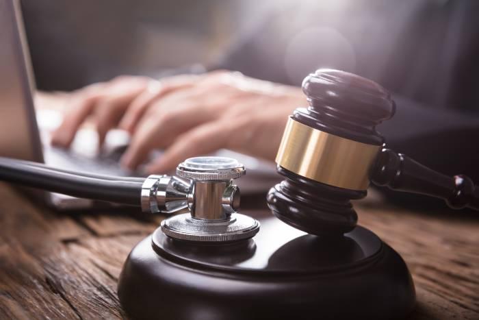 Responsabilidade médica: diferença entre responsabilidade civil da responsabilidade penal do médico