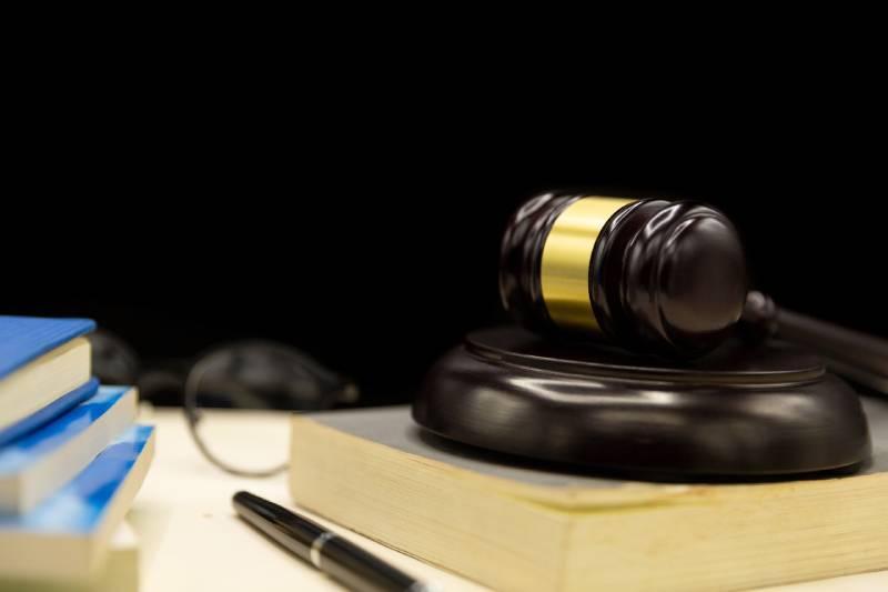 Honorários previstos no CPC podem ser incluídos em cumprimento de sentença prolatada na vigência do CPC