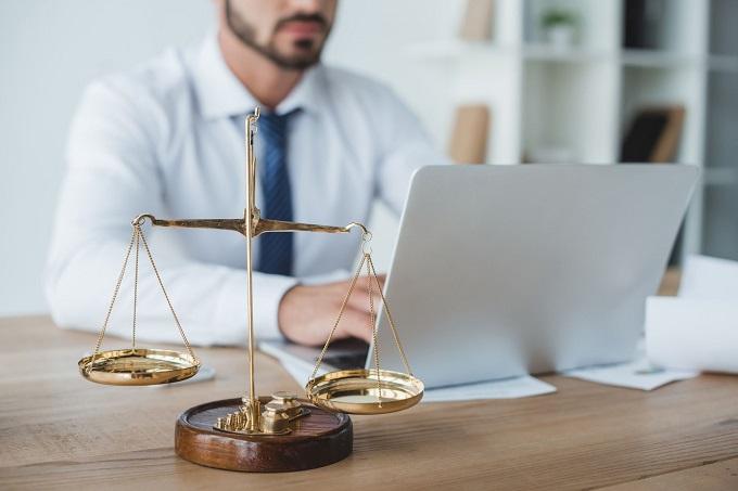 STJ mantém acórdão que afastou condenação de banca de advogados