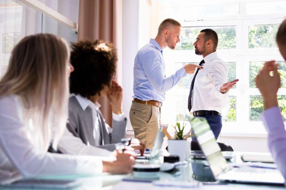 TJSP mantém dano moral por ofensas no local de trabalho